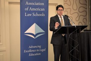 "Dean Strang (defense attorney in the Netflix docuseries ""Making a Murderer"") gives a talk on Systemic Justice and the Law School Curriculum at the Institutional Advancement reception."