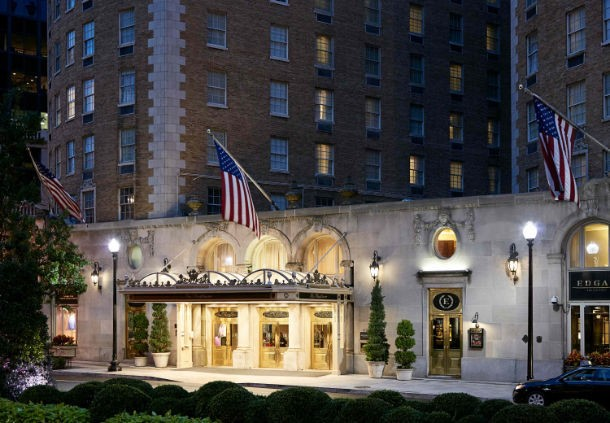 Photo of the entrance to the Mayflower Renaissance Hotel